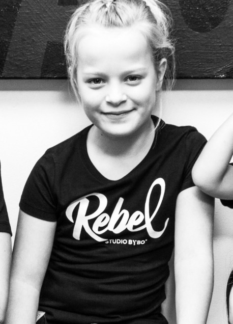 KIDS TEE REBEL BLACK